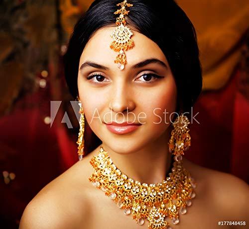 druck-shop24 Wunschmotiv: Beauty Sweet real Indian Girl in Sari Smiling on Black backgroun #177848458 - Bild als Foto-Poster - 3:2-60 x 40 cm / 40 x 60 cm Black Indian Girl