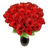 Pack de 76 rosas rojas de 26 cm de longitud. Diámetro de la flor aprox.: 5 cm. Material: tela de seda/ plástico. 72 rosas bien elaboradas. Para decoración interior y exterior, se entregan 72 rosas de alambre metálico delgado en un paquete. Lo...