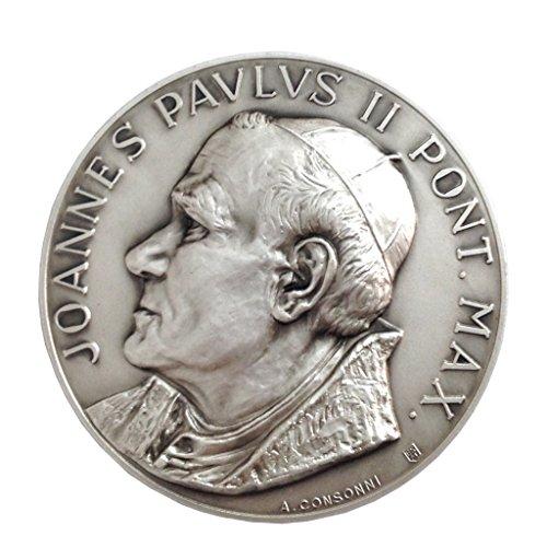 Medalln-de-San-Papa-Juan-Pablo-II-y-Plaza-de-San-Pedro