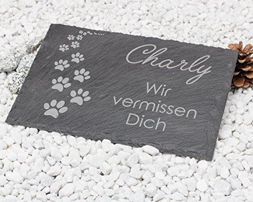 CHRISCK design Gedenktafel Pfotenabdrücke aus Naturschiefer 30x20 cm/Gedenkstein mit Text und Namensgravur/schönes Andenken an die Liebsten Grabstein Hund, Katze