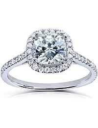 Forever One Cushion Cut Anillo de compromiso Moissanite y diamantes 11/3quilates en platino _ 4,5