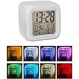 LED Réveil cube montre avertisseur LCD Display lumineux couleurs changeantes calendrier et thermomètre alarme puissance de la batterie de 3 * AAA (pas inclus)