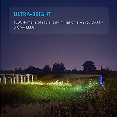 Anker LC130 LED Taschenlampe, 1300 Lumen mit 5 Leuchtmodi, IP67 Wasserfest, Ultrahelle Wiederaufladbar Taschenlampe mit 3 CREE LEDs (Kamping-, Sicherheit-, Notfallgebrauch), 26650