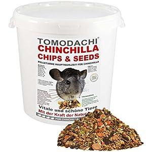 Chinchillafutter, wenig Pellets, Komplettnahrung für Chinchillas, leckere, artgerechte, ausgewogene Futtermischung für Chinchillas, Tomodachi Chinchilla Chips, Chinchillanahrung 1kg Eimer