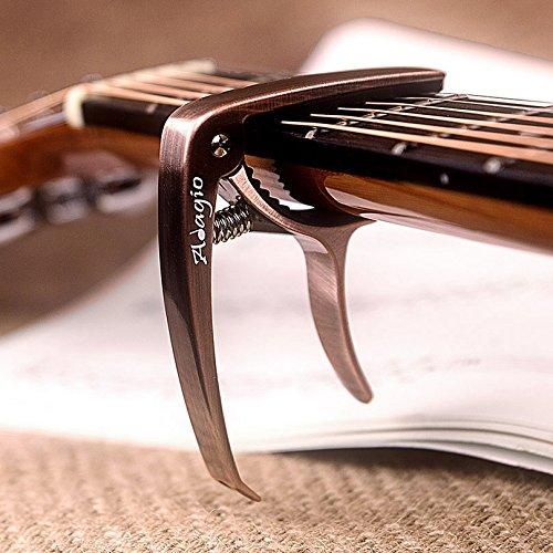 Adagio Pro Deluxe Kapodaster für Akustik- und E-Gitarren mit Quick Release und Peg Abzieher in Bronze RRP £ 10.99