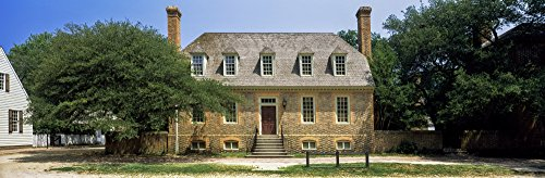 The Poster Corp Panoramic Images - Facade of a House Colonial Williamsburg Williamsburg Virginia USA Kunstdruck (15,24 x 45,72 cm)