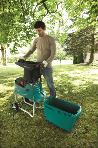 Bosch Shredder AXT 25 TC (plunger for trimmed material, 53-litre collection box, cardboard box, material throughput: 230 kg/h, max. cutting capacity: Dia. 45 mm, 2500 W)