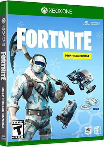 """FORTNITE Das Fortnite: Deep Freeze Bundle enthält einen Downloadcode für das kostenlose Spiel Fortnite Battle Royale sowie Premium-Inhalte wie das Outfit """"Eisbiss"""", das Rücken- Accessoire """"Gefrierpunkt"""", die Spitzhacke """"Schlotterpartie"""", den Hängegleiter """"Kaltfront"""" und 1.000 V-Bucks, die im Spiel für den Kauf von Gegenständen wie Kleidung und dem Premium Battle Pass verwendet werden können."""