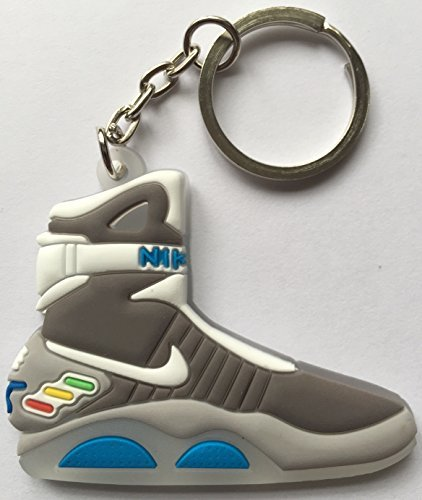 Preisvergleich Produktbild Back to the Future Keyring 2D Nike Air Mag Keychain Glow In The Dark NEW by Other