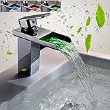 KINSE® LED RGB 3 Farbewechsel Messing Wasserhahn Chrom Wasserfall Waschtisch Spüle Waschtischarmatur Armatur für Bad Badenzimmer Waschbecken