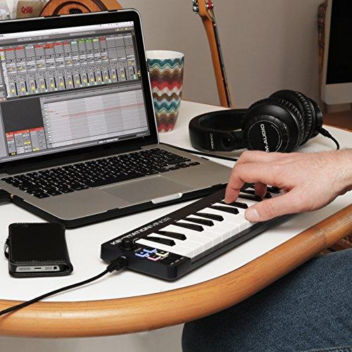 M-Audio Keystation Mini 32 II Compact 32-Key USB/MIDI Keyboard Controller with Synth-Action Velocity-Sensitive Keys