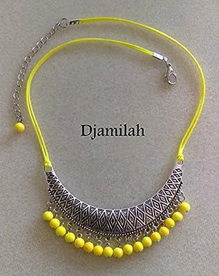 Collier plastron , métal argent vieilli , perles jaunes