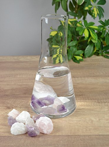 Edelsteine Rosenquarz, Amethyst, Bergkristall zur Wasserbelebung Harmonie + Wasserkaraffe 1 L mit Lippe