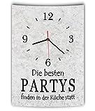 LAUTLOSE Designer Wanduhr mit Spruch Die besten Partys finden in der Küche statt grau Betonoptik modern Deko Schild Abstrakt Bild 41 x 28cm