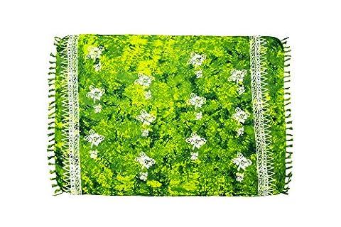 ManuMar Damen Sarong | Pareo Strandtuch | Leichtes Wickeltuch in hell-grün mit Hibiscus-Motiv mit Fransen-Quasten XXL Übergröße 115x225 cm