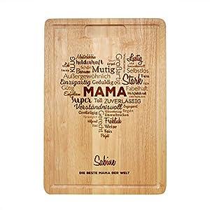 Casa Vivente Schneidebrett mit Gravur, Wortherz für Mama, Personalisiert mit Namen, Holzbrett mit Saftrille, Küchenutensilien, Muttertagsgeschenk