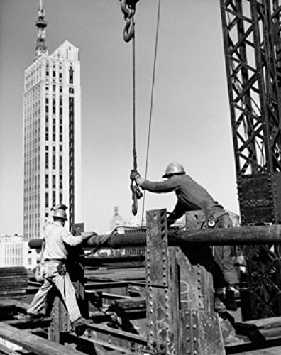 two-construction-workers-working-on-a-construction-site-seagram-building-park-avenue-new-york-city-n