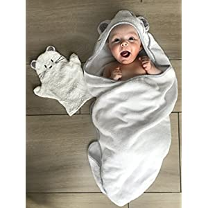 Tutti Bimbi Certified Organic Bamboo Hooded Baby Bath Towel. Premium Ultra Soft and Thick Set with Mitten. Hypoallergenic, Best for Sensitive and Newborn Baby Skin. Extra Large for Newborn to 5 Years