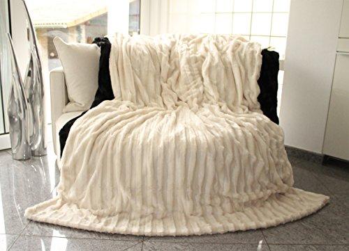 Brandsseller Doppelseitige Pelzimitatdecke von Brandsseller 150 x 200 cm Creme/Weiß