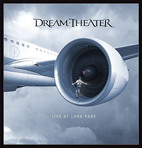 Dream Theater - Live at luna park (3 CD + 2 DVD + 1 Blu-ray) [(+2DVD+3CD+book)] [Import italien]