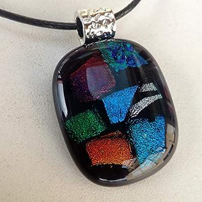 Pendentif noir et multicolore - refletsmagiques - magnifique - bijoux - cadeau femme - fille - unique