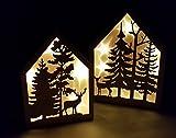 LED Deko Haus - 2er Set - Echt Holz Weihnachtsdeko Fensterdekoration beleuchtet