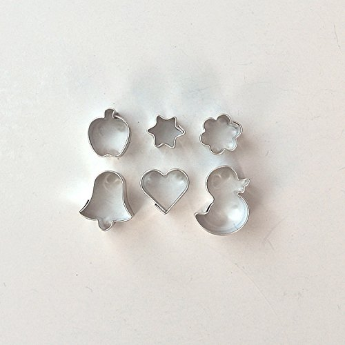 Ausstecher/ Ausstechform 6er Set Mini Blume, Glocke, Apfel, Küken,Herz, Stern 12-20 mm aus Weißblech