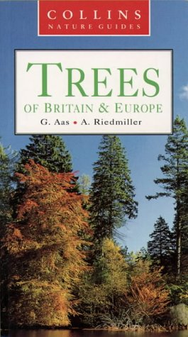 Collins Nature Guide Trees of Britain & Europe