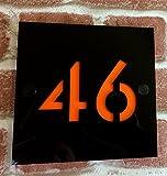 Domus House Signs PLACCA per INSEGNA Domestica Personalizzato con Numero civico in plexiglas Resistente alle intemperie con Staffa in Alluminio, Inossidabile, Resistente ai Raggi UV
