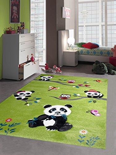 dschungel teppich Traum Kinderteppich Spielteppich Kinderzimmerteppich Panda mit Eulen Schmetterlinge und Vögeln in Grün, Größe 120x170 cm