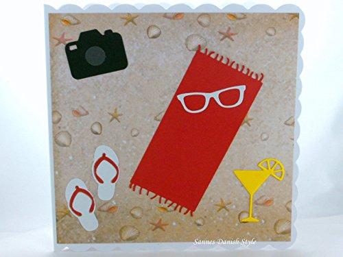 Grußkarte Handtuch am Strand mit Sonnenbrille und Kamera. Ca. 15 x 15 cm