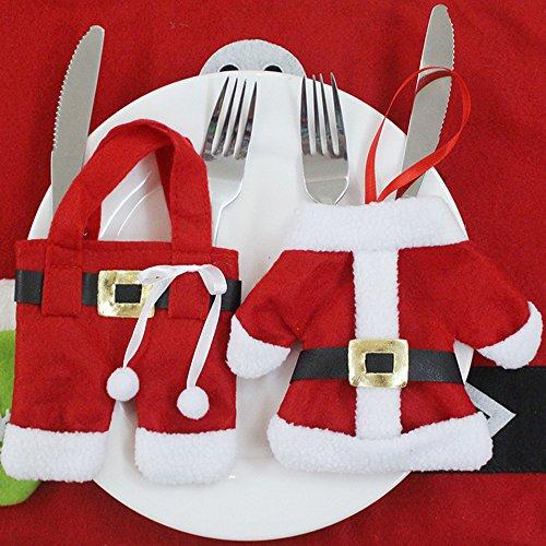 Trixes set da 6 pezzi porta posate a forma di vestito di babbo natale per la cena di natale.