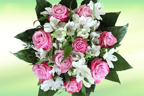 Lila-weißer Rosenstrauß mit Alstromerien - Blumenstrauß (Tipp zum Geburtstag)