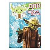 """HallmarkBiglietto di auguri papà """"Star Wars"""", decorazione Yoda rimovibile–misura media (testo in inglese)"""
