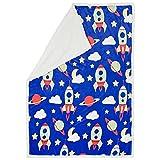 Aminata Kids hübsche Coral-Fleece-Decke Weltall, 130x170 cm - passend zu unserer Kinder-Bettwäsche Weltraum Astronaut Sterne