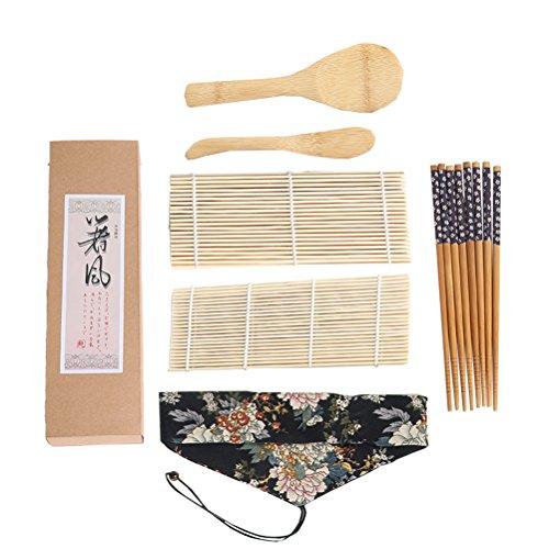 Descripción Este es un juego de sushi de 7 piezas que contiene una estera, una talladora, una cuchara de arroz y palillos de calidad. El set de sushi incluye todas las herramientas que necesita para hacer su propio Sushi profesionalmente, tal como lo...