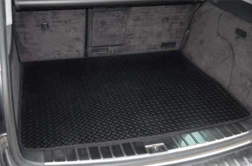 LANDROVER FREELANDER 2 (2006 ON) TAILORED RUBBER BOOT MAT