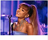 SIGNED PHOTO Superb Ariana Grande Signiertes Foto, 10 x 8