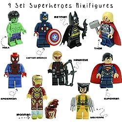 Kids Corner Productions® - - Super Heroes Lego figurine 9 set Mini figure Marvel aKids Corner Productions® DC Comics - Borsa da partito con Batman, Spiderman, Ironman, Thor, DeadPool, Wolverine, Captian America, Hawkeye e The Hulk - Compatibile con Lego