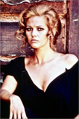Leinwandbild 60 x 90 cm: Claudia Cardinale von Everett Collection - fertiges Wandbild, Bild auf Keilrahmen, Fertigbild auf echter Leinwand, Leinwanddruck (Claudia Cardinale Poster)