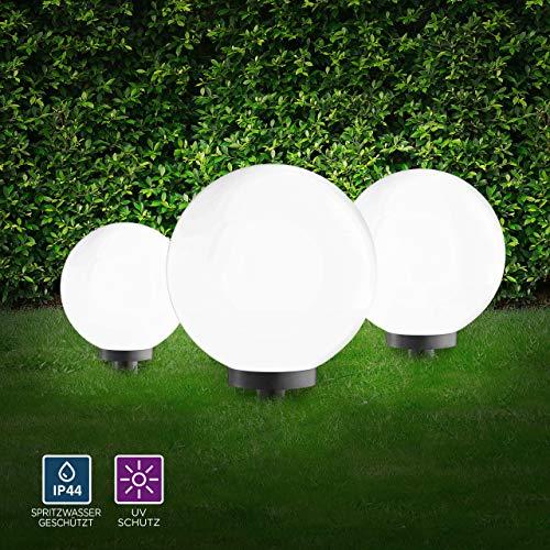LeuchtenDirekt Kugelleuchten 3er Set außen, Gartenlampe 30 + 40 + 50cmØ   Außenleuchten spritzwassergeschützt   Gartenleuchte, E27 Fassung   inkl. Erdspieß + 5m Kabel