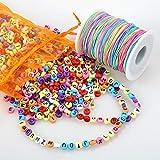ZesNice 1200 Stück Bunte Buchstaben Perlen Zum Auffädeln mit 100 m Elastisch Schnur, Rund Alphabet Perlen mit Regenbogen Perlenschnur für Armband Schmuck Basteln, Geschenk Kinder Mädchen