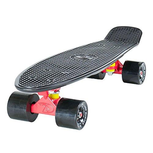 LAND SURFER® Retro Cruiser, komplettes Skateboard mit dreifarbig gemustertem - Farbige Achsen 56-cm-Deck ? ABEC-7-Kugellager ? PU-Räder (59 mm) + Tragetasche - Schwarzes Deck / Rot Achse / Schwarzes Räder