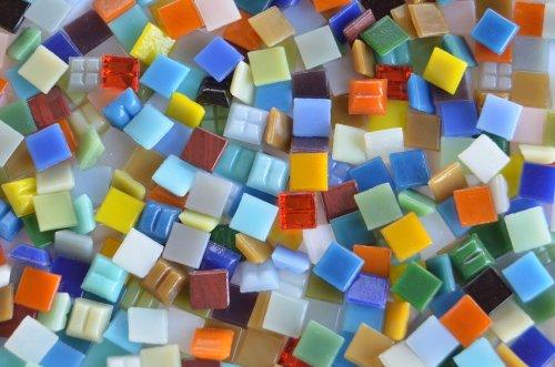 aiksteine Buntmix 1x1cm aus ca. 30 Farben ca. 700g. ()