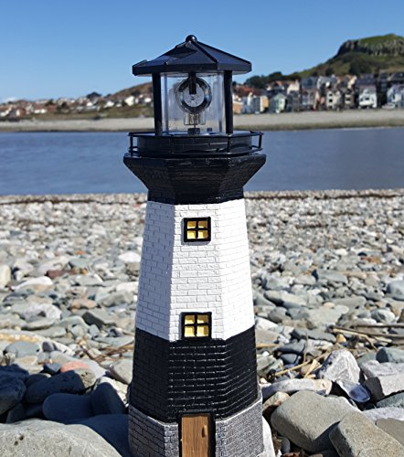 Solar Power Leuchtturm Rotation LED Garten Licht Haus Decoration Figur
