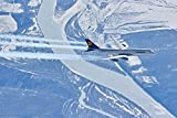 Digitaldruck / Poster Hady Khandani - BOEING B747-8 - LUFTHANSA - OVER YENISEI RIVER - SIBERIA 1 - 149 x 100cm - Premiumqualität - MADE IN GERMANY - ART-GALERIE-SHOPde