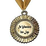 Larius Group Orden Medaille mit Name BZW. Wunschtext Namenstag Jubiläum Geburtstag Geschenk Emblem inkl. Halsband