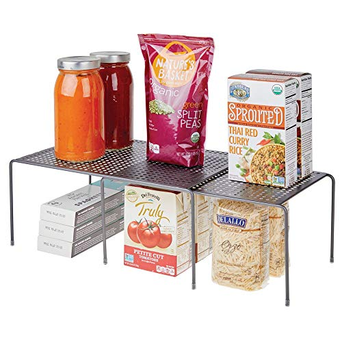 mDesign Regaleinsatz für Küchenschrank - praktische Geschirrablage aus Metall für mehr Abstellfläche - Schrankeinsatz zum Ausziehen - grau -