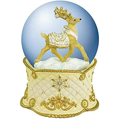 100 mm White Christmas Prancing Snowglobe Musical Coleccionable de bebé besando a un reno
