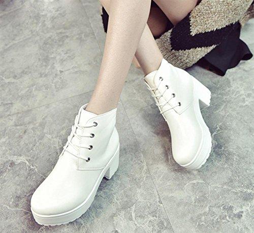 La signora della molla e stivali autunno crosta spessa focaccina femminile scarpe con tacchi alti stivali incrociano le cinghie di massima con gli stivali Martin White